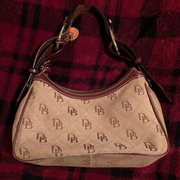 Dooney & Bourke Handbags - Authentic Dooney and Bourke Bag